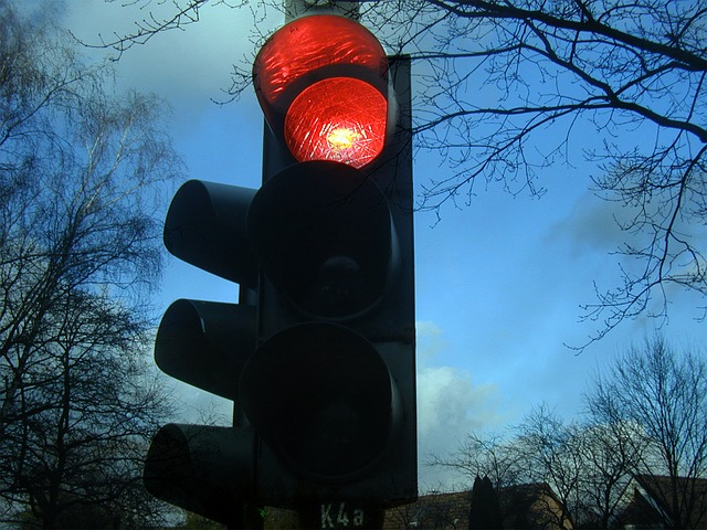 traffic-lights-242323_640-2